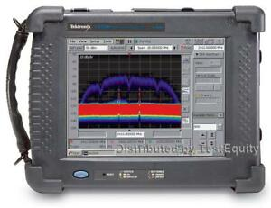 Tektronix Sa2500 Real time Spectrum Analyzer 10 Khz To 6 2 Ghz