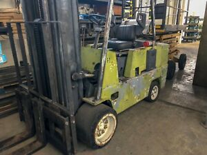 10 000 Lb Clark C500 Forklift Hard Tire Propane Triple Stage Mast Side Shift