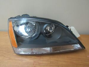 2004 2005 2006 Kia Sorento Right Headlight Original