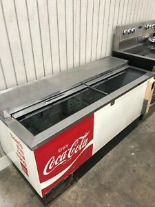 Coca Cola vintage cooler  used but works great!