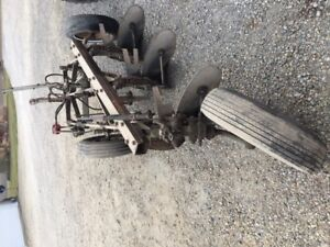 John Deere 3 Bottom X 14 Pull Type Jd Plow W Cylinder Rubber Tires