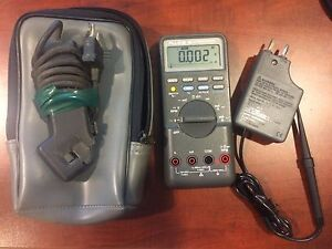 Fluke 88 Automotive Meter With Case And Accessories Excellent Condition