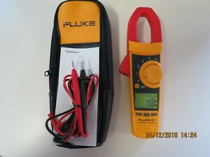 Fluke 337 True Rms Clamp Meter 337 In Mint Condition