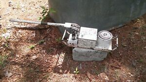 Military Hydraulic Jack Very Big Vechical Maybe Tank Sold For Parts M151 M35 M38