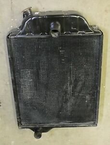 219520 Radiator For John Deere 4000 4020 Tractor