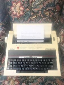 Brother Correctronic 320 Electric Typewriter Great Working Condition