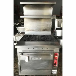 Vulcan 36 4 Burner Range With Convection Oven And Upper Storage Shelve vu gh