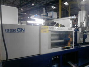 2006 Toshiba 250 Ton Plastic Injection Molding Machine Package
