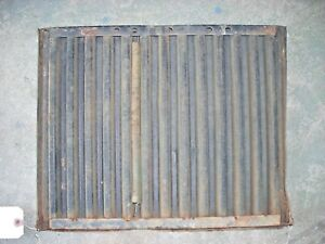 John Deere 1020 Tractor Grille Screen At19880
