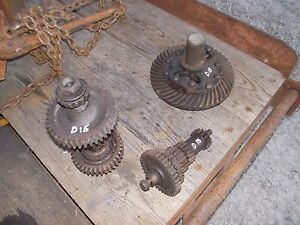 Allis Chalmers D15 Tractor Ac Transmission Lower Top Rev Drive Gears Shafts