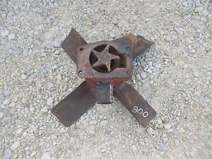 Farmall 300 Rc Ihc Tractor Engine Motor Water Pump Assembly Fan Blade