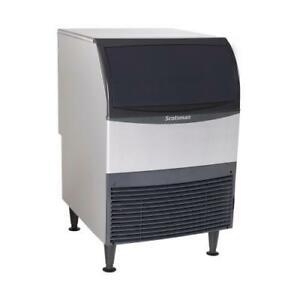 Scotsman Uf424a 1 440 Lb Air Cooled Flake Ice Machine With Bin