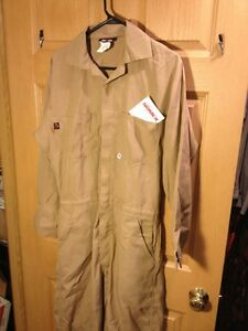 Saf tech 4 5 Oz Coverall Nomex Iiia Coveralls Size Mens M Hrc 1 Flight Suit