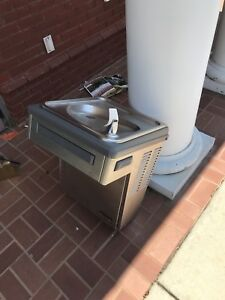 Elkay Commercial Drinking Water Fountain with Cooler pick Up Only