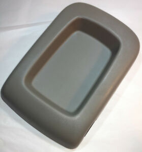 2003 2006 Chevy Silverado Tahoe Suburban Sierra Center Console Lid Arm Rest Gray
