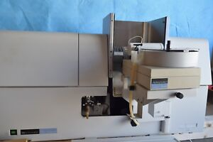 Perkin Elmer Aanalyst 800 Atomic Absorption Spectrometer 12 Lamps