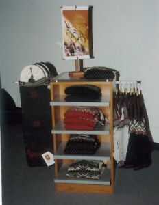 Clothing Retail Display Rack For Folding hanging Clothes