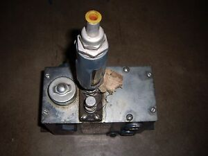 Kipp Stationary steam Engine Oiler Lubricator L2744 a1