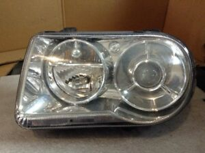 2005 2007 2008 2009 Chrysler 300c Oem Left Halogen Head Light Lamp A312