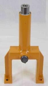 R58480 Track Adjuster For Case Dozer 550e 550g 550h