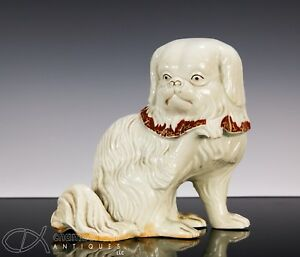 Antique Japanese Okimono Statue Scupture Of Seated Pekingese Dog