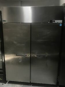 Norlake Nf522sss Solid 2 Door Reach in Freezer