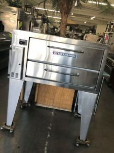 Bakers Pride Natural Gas 151 Stubby Series Gas Deck Pizza Oven 34 X 24 5