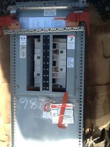 Eaton Pole Top Panel Pow r line 2a Panelboard Prl2a 18 Slots New Item
