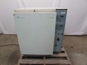 Forma Scientific Model 3546 Co2 Water Jacketed Incubator Used