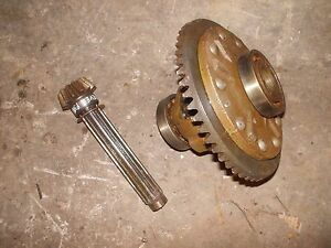 Farmall A Tractor Ih Main Drive Transmission Shaft Pinion Gear Assembly