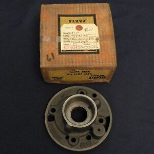 Nos 1962 Chevy Corvette Passenger W pg Transmission Rear Oil Pump Nice 3789025