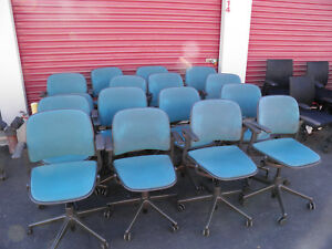 Lot Of 16 Steelcase Cachet Office Desk Chairs Teal Blue Upholstered Model More