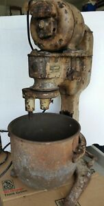 Reynolds Model 12 Qt Quart Dough Mixer Mixing Machine With Bowl