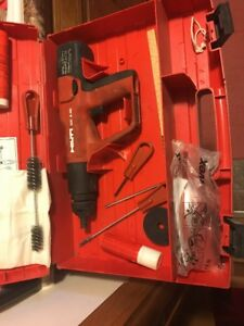 Hilti Dx A40 Powder Actuated Concrete Gun W case Accessories