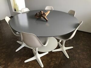 Mcm Burke Saarinen Style Tulip Dining Table 6 Chairs With Propeller Bases