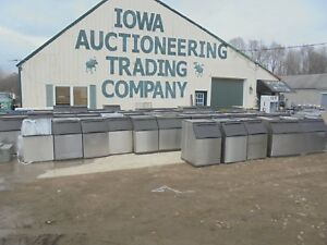 Ice Bins Manitowoc 570 970 Models 495 00 Each with Legs
