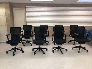 Haworth Zody Task Office Chair Fully Loaded Adjustable Arms 4d black Frame