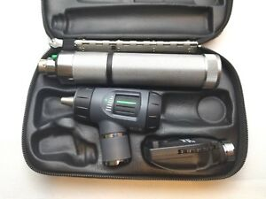 Welch Allyn 3 5v Diagnostic Set 23810 Macroview Otoscope 11710 Ophthalmoscope
