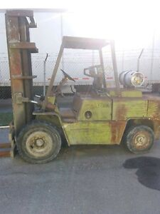 Clark C500 y100 Forklift Lift Truck 1988 Used Working Condition 10000 Lbs