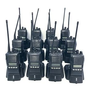 Vertex Standard Vx 354 Uhf Portable 2 way Radios W whip 12 Radio Bundle
