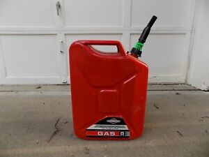 Briggs And Stratton 5 Gallon Metal Gas Can Model 85043 New