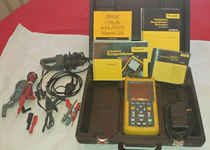 Fluke 123 Scope Meter Includes Amp Probe Flukeview Software And Usb Cable