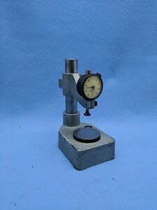 Mahr Adjustable Comparator Gage With Federal 0005 Indicator