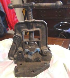 Vintage Reed Mfg Pipe Vise No 1 Cast Iron Erie Pa Usa Bench Mount