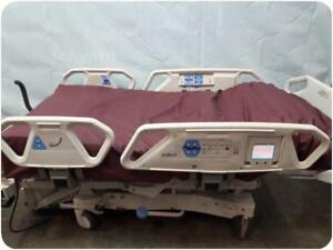 Hill rom P1900 Totalcare Spo2rt Hospital Bed 207525