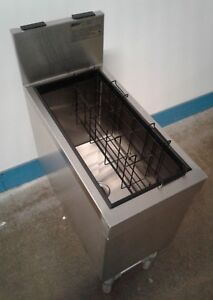Eagle Group 12 X 24 Under Bar Stainless Steel Ice Bin Man Cave Home Bar