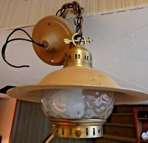 Vintage Hanging Porch Light In Vgvc Decorated With Arrow