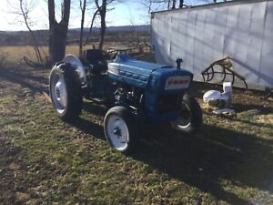 2000 Ford Tractor