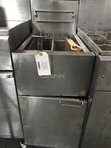 Dean Sr142gps 40lb Single Deep Fryer