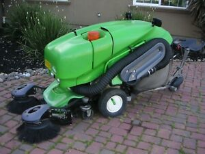 Sweeper Tennant Applied 414 Rs Green Machine